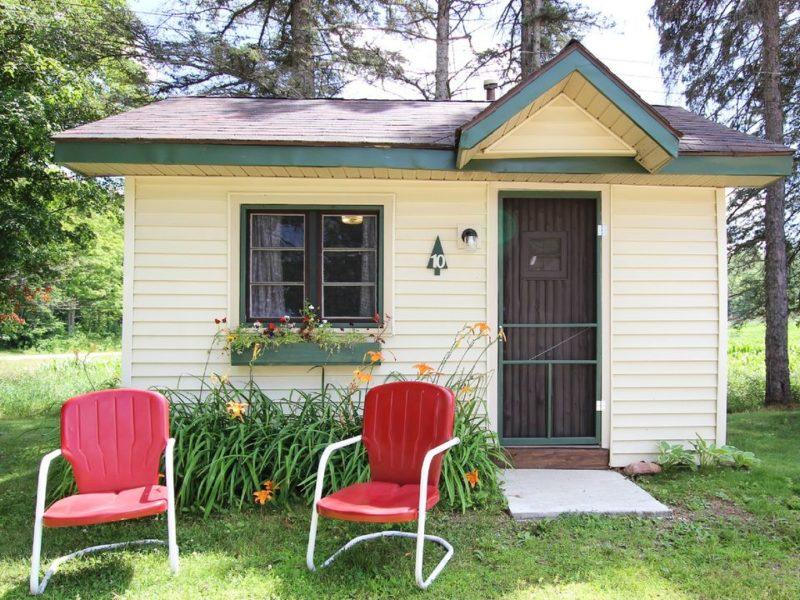 Mackinaw Timbers Cabins