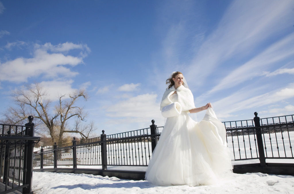 Winter Weddings in Cadillac
