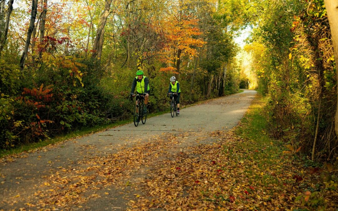 4 Ways to Hike & Bike Your Way Through Cadillac this Fall